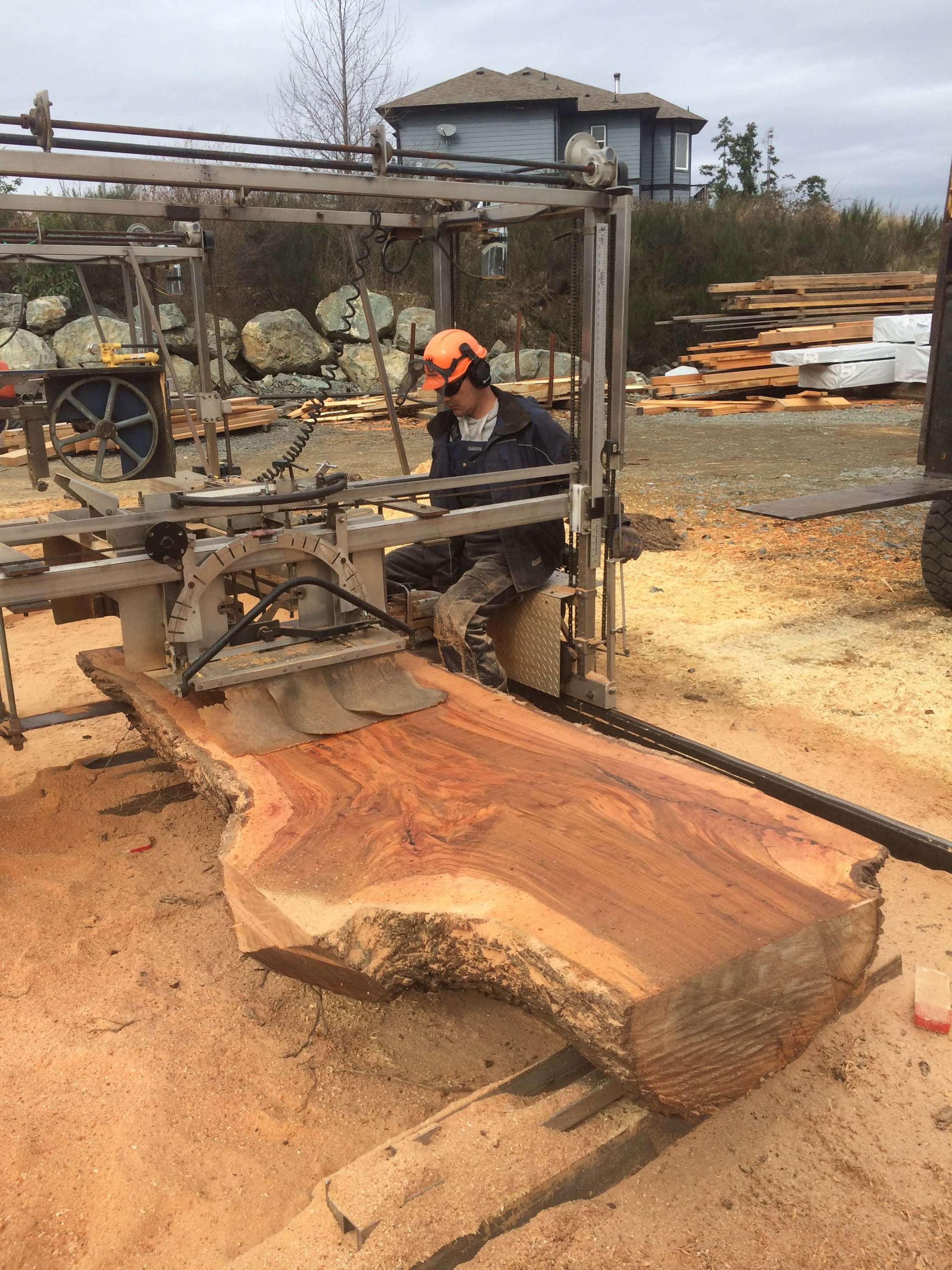 Chainsaw Milling 4 Wide Elm Slabs The Samurai Carpenter